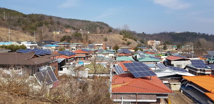 꾸미기_2-2. 사진(신재생에너지 융복합지원사업 설치 사례).jpg